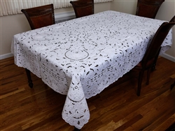 #4832 Grape Hand Embroidered Tablecloth
