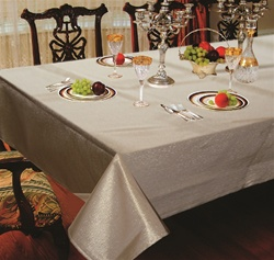 Hotel Metallic Tablecloth - Liner in Gold